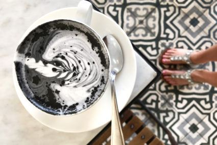 activated charcoal latte