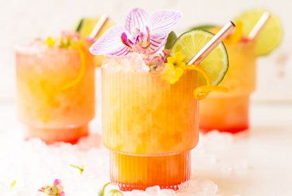 5 refreshing big-batch cocktails to whip up this Memorial Day Weekend