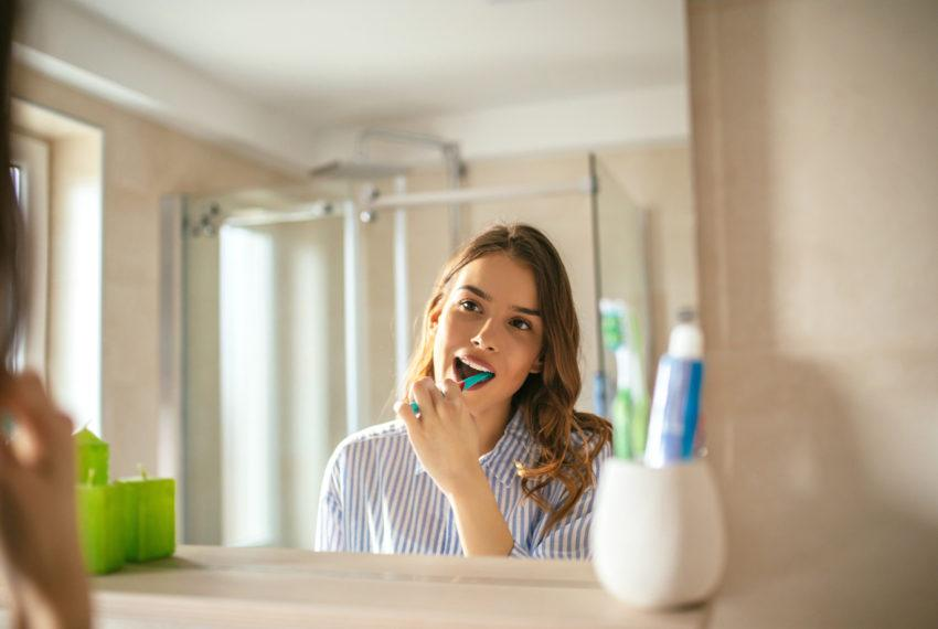 This common toothpaste ingredient wreaks inflammatory havoc on your gut health, according to new research