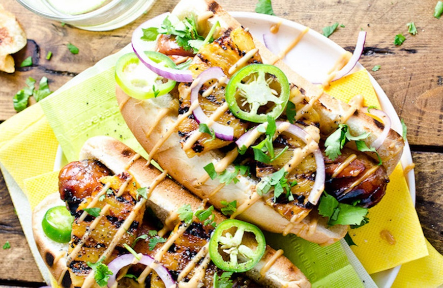 hot dogs with grilled pineapple
