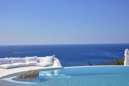 15 hotel pools with truly epic views—caution, pics may cause FOMO
