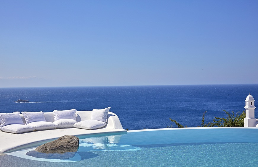 Thumbnail for 15 hotel pools with truly epic views—caution, pics may cause FOMO