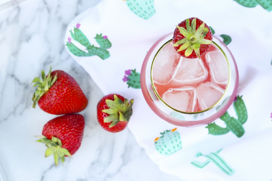 How to stay hydrated water-rich fruit