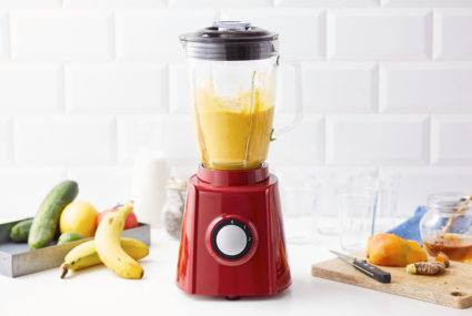 Remove turmeric stains from your blender with this hack that requires zero work