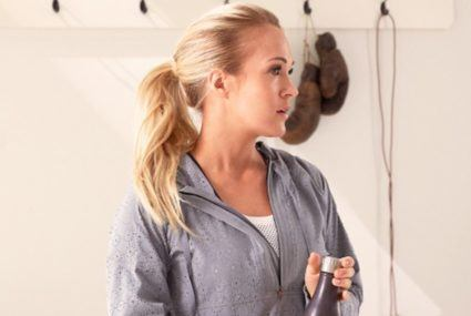 Carrie Underwood's fun, easy fitness card game takes the effort out of planning a workout