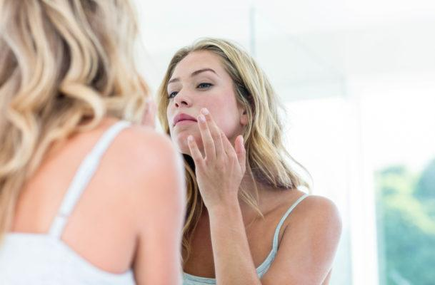 Pimple-popping PSA: Stop treating zits with toothpaste, like, immediately