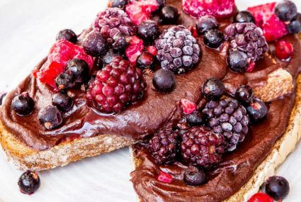 This sinfully sweet chocolate breakfast spread is totally healthy—here's how to make it