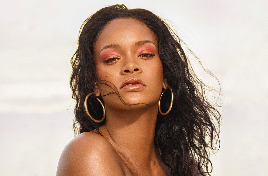 Thumbnail for The Over-Looked—and Game-Changing—Spot Rihanna Always Applies Highlighter