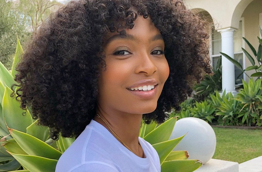 Thumbnail for Actress Yara Shahidi uses these 2 anti-inflammatory ingredients to DIY her own face wash