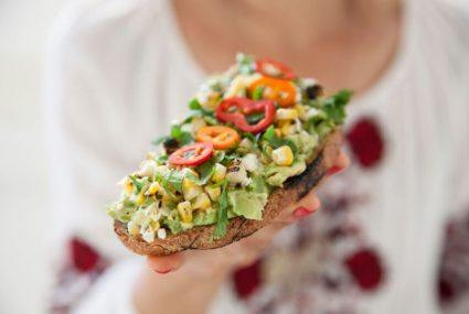 Avocado toast nutrition explains why we crave it