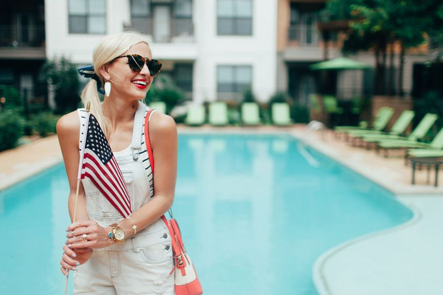 Thumbnail for 17 great Fourth of July sales to shop now—to celebrate your personal-style independence
