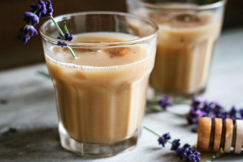 Burnt out on cold brew? This adaptogenic mushroom chai latte is a benefits-packed alternative