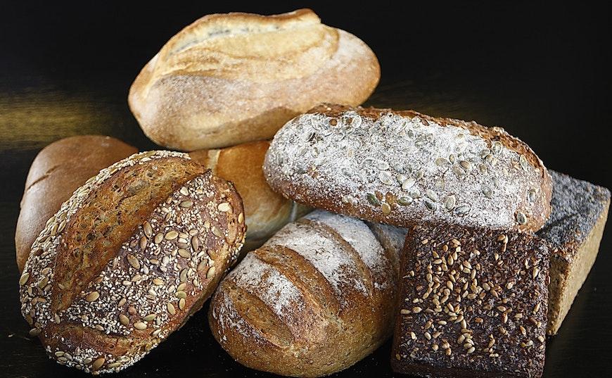 what bread to eat with mediterranean diet?