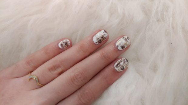 The super-easy DIY nail art that will take you 10 minutes start-to-finish