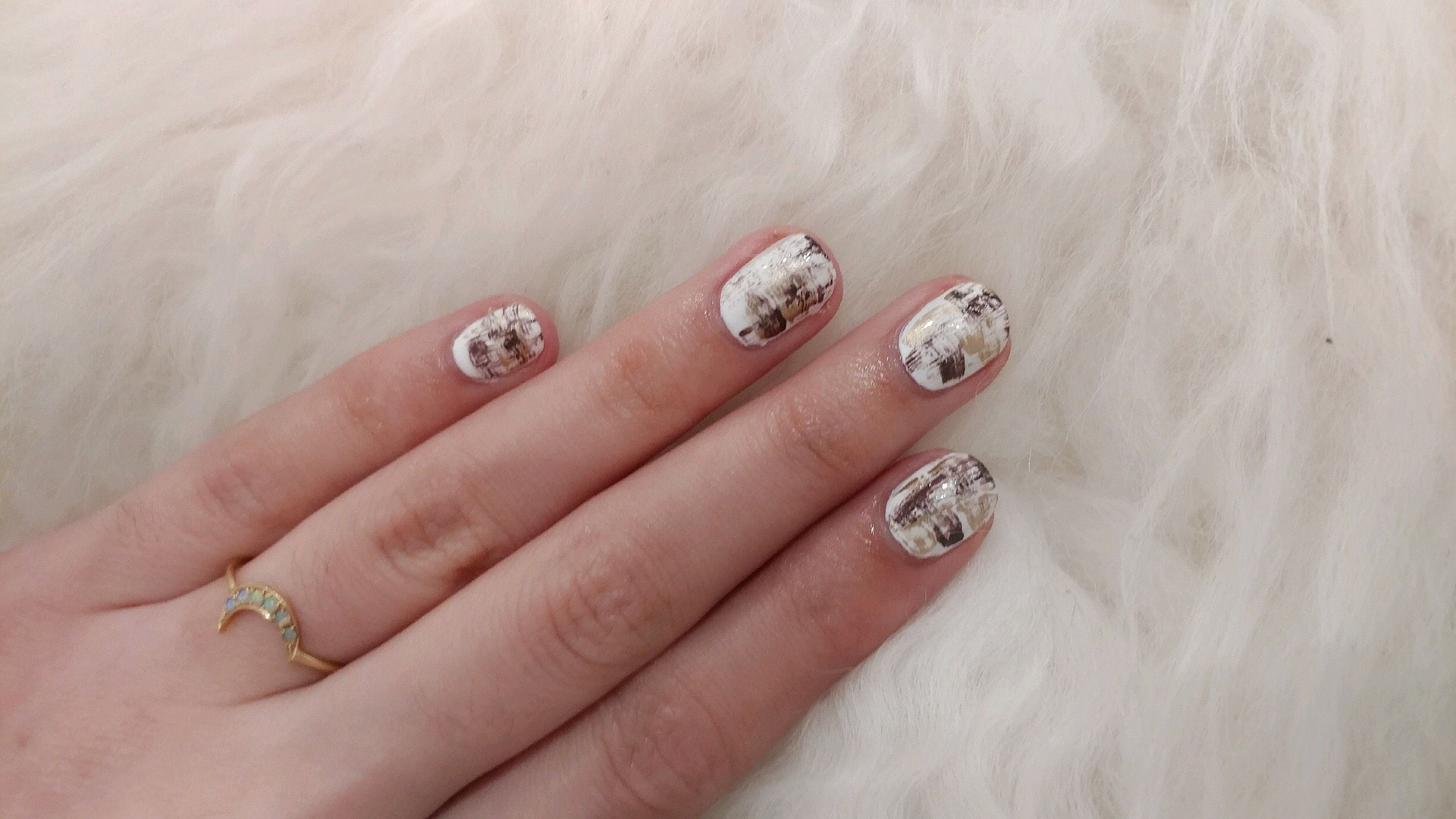 Thumbnail for The super-easy DIY nail art that will take you 10 minutes start-to-finish