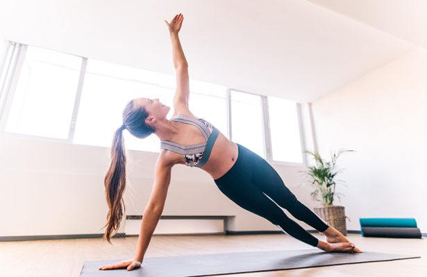 5 Megaformer moves you can do anywhere (no machine necessary)