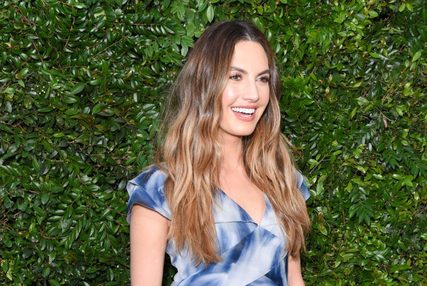 Elizabeth Chambers Hammer credits an exfoliating, tropical fruit for her...