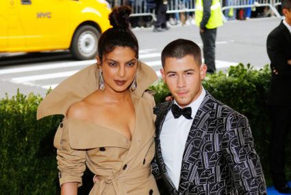 Now Nick Jonas and Priyanka Chopra? Speedy engagements are *definitely* the new summer fling