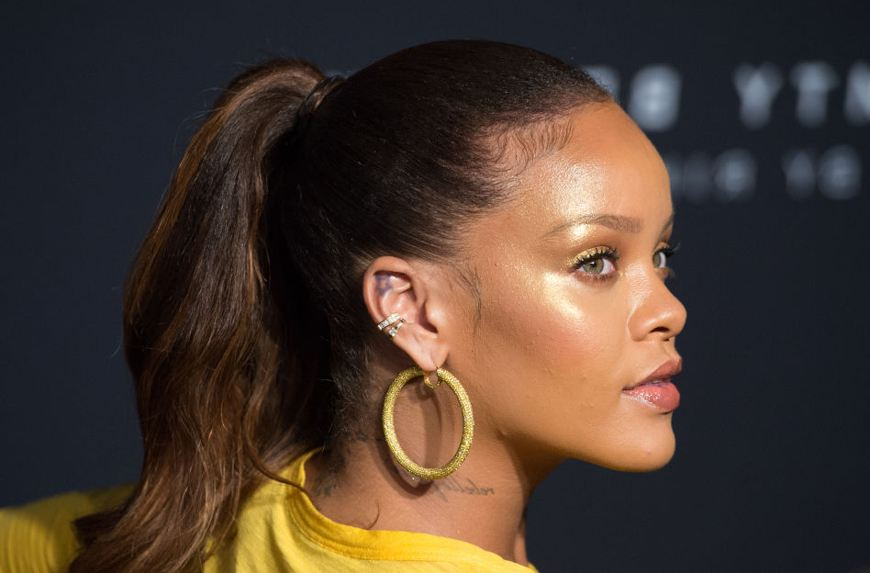 Thumbnail for The one product Rihanna's makeup artist says will glow up your face *and* body
