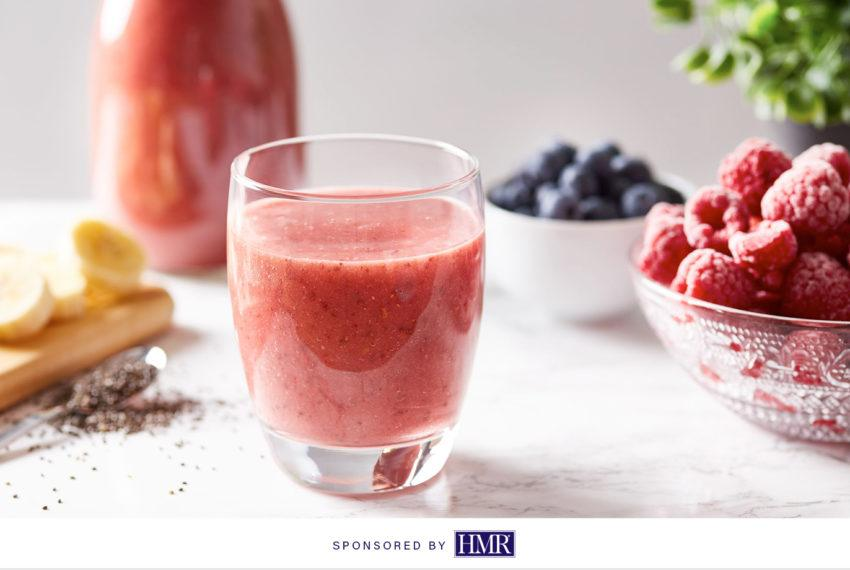 This strawberry-kiwi cauliflower smoothie is summer in a cup
