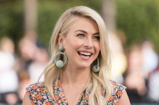 Take your workout to the next level like Julianne Hough with a (dance) cardio break