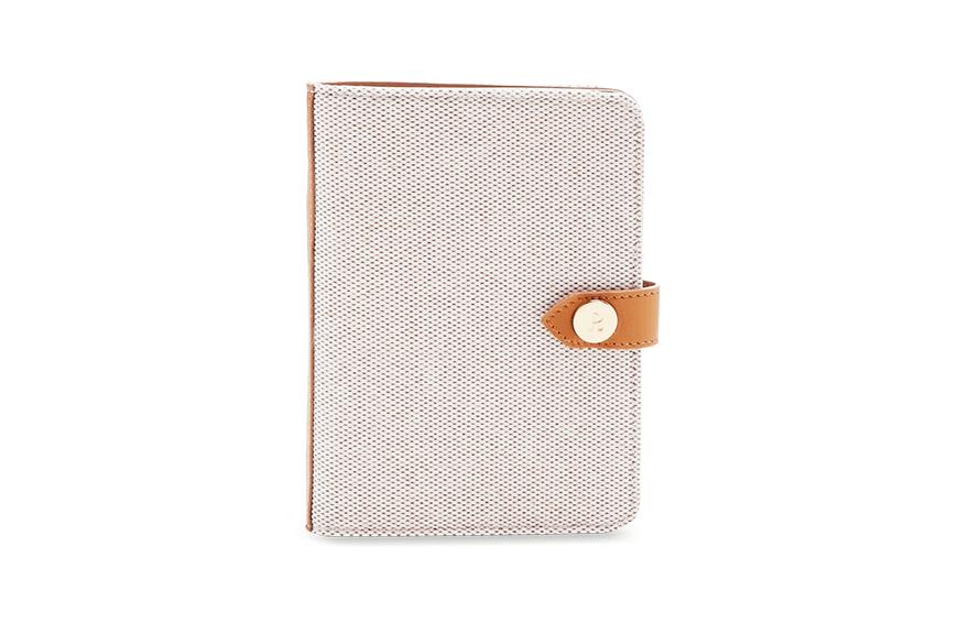 cool travel wallets