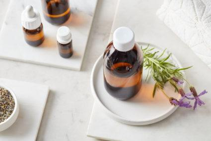 2 essential oils that will streamline and elevate your brow and lash routine