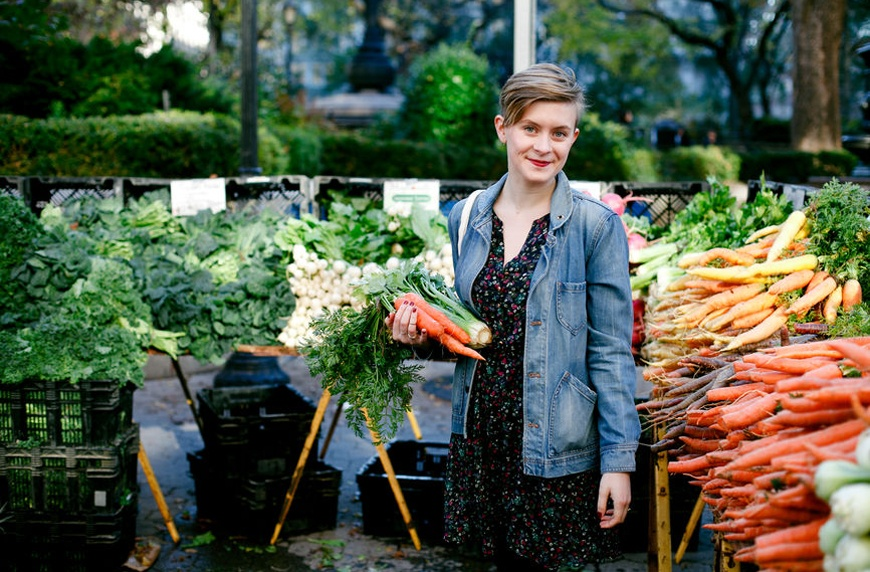 Thumbnail for These insider secrets will make your farmers' market trips way more fruitful