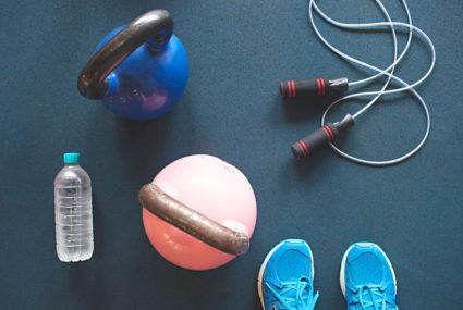 This old-school fitness accessory is a lowkey butt-toning MVP