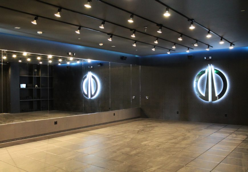 Jason Wimberly's The Wall fitness studio opens in Los Angeles
