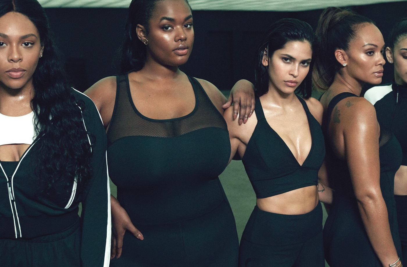 Thumbnail for 7 must-haves from Khloé Kardashian's just-dropped activewear collection