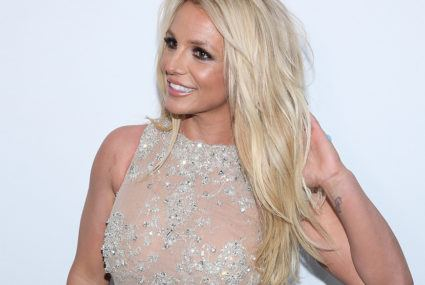 The simple yoga moves Britney Spears uses to combat travel exhaustion
