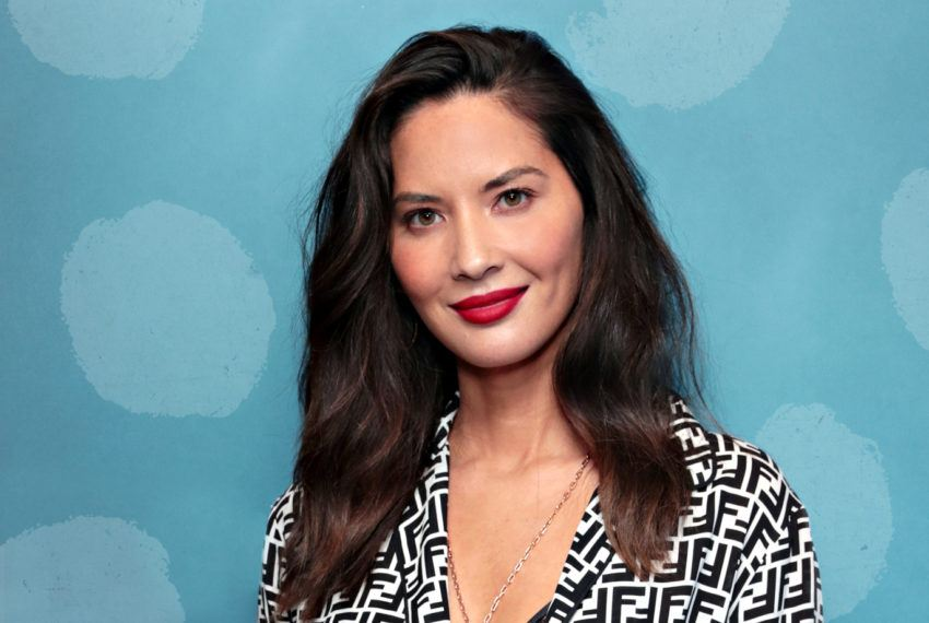 "Olivia Munn's Breadless Avocado ""Toast"" Is a Keto-Approved Breakfast Win"