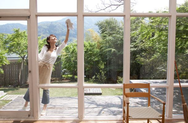 The secret to streak-free windows lies in this everyday household item