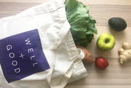 BYO Bag: The biggest grocery chain in the country is phasing out its plastic carryalls