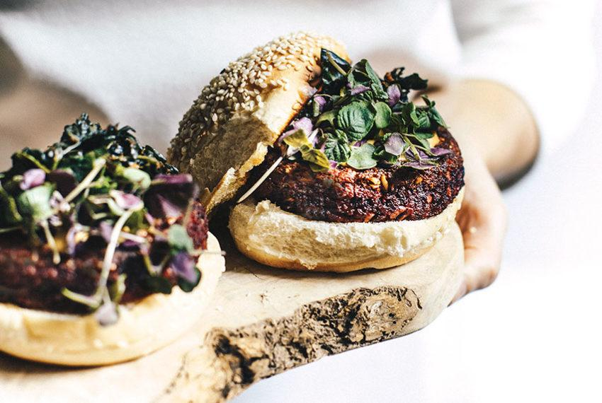 These mushroom-beet-quinoa veggie burgers are the healthy hit your next cookout needs
