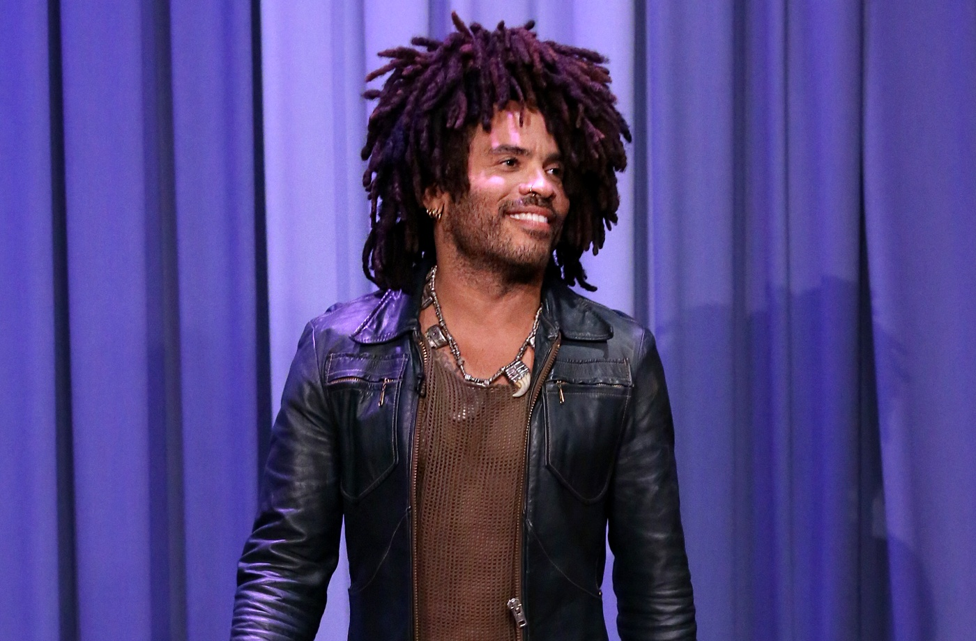 Thumbnail for Lenny Kravitz gets last laugh: Blanket scarfs are bigger than ever