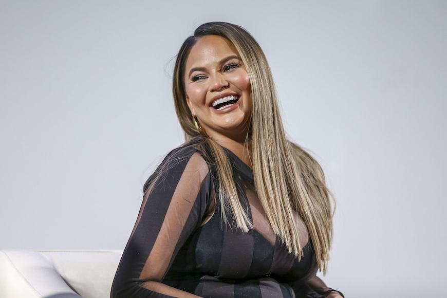 Thumbnail for Chrissy Teigen's Pro Tip for Seeding a Pomegranate—Without Staining Everything Red