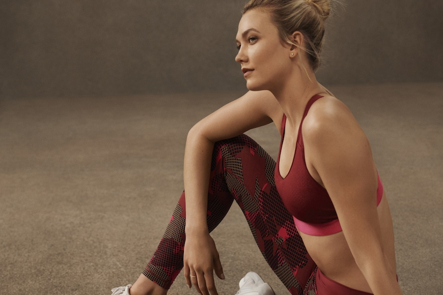 Thumbnail for The Perfect Pair of Leggings Comes Down to 3 Things, According to Karlie Kloss