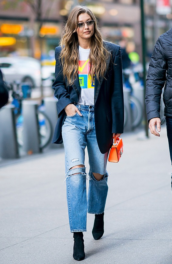 loose-fitted jeans trend