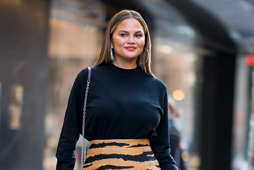Don't Be Scared to Admit You Hate Dad Sneakers and Boyfriend Jeans—Chrissy Teigen Is With You