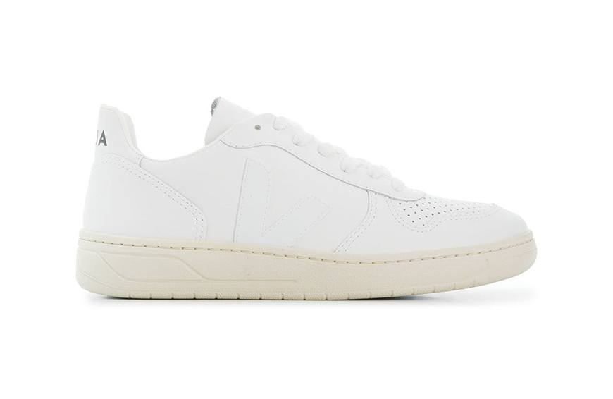 10 pairs of sustainable sneakers that