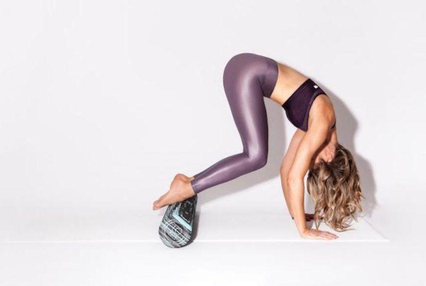 The bloat-banishing foam rolling sequence that I'm bookmarking right this minute