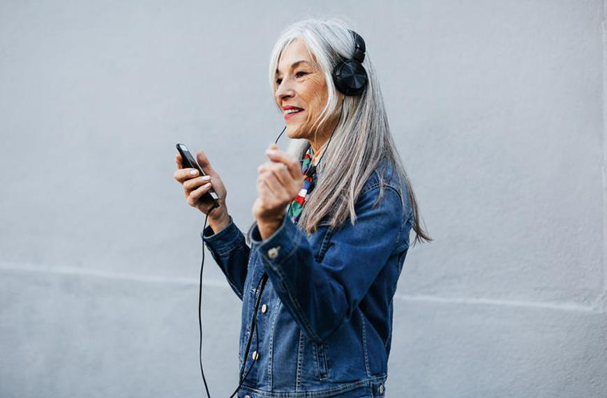 How to boost brain health with singing, exercise, and diet | Well+Good