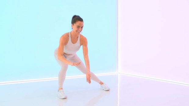 The most common mistake to make when doing the side lunge