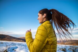 My Skin Hurts When I Run Outside in the Cold, So I Asked a Derm What To Do