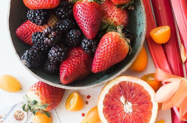 Psst…you totally can eat these low-sugar fruits if you're keto