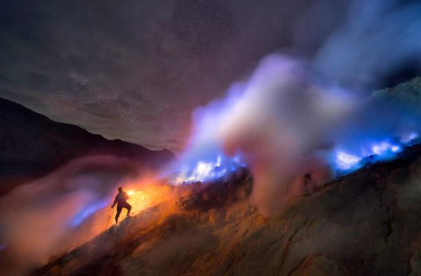 There's a blue-fire volcano in Indonesia—and we have the photos to prove it