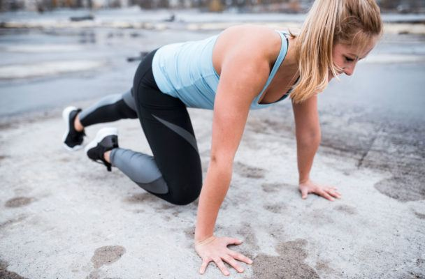 This is *by far* the most intense mountain climber exercise you'll ever do