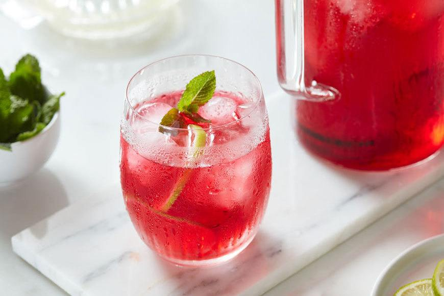 Thumbnail for 7 reasons why hibiscus tea is more than just an Instagram-worthy wellness beverage